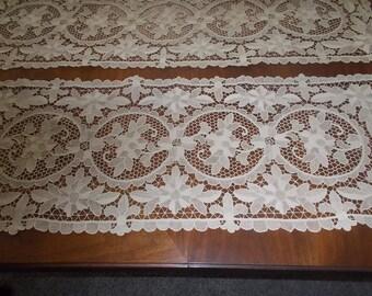 Italian Needle lace table runner Ecru Point de Venice lace
