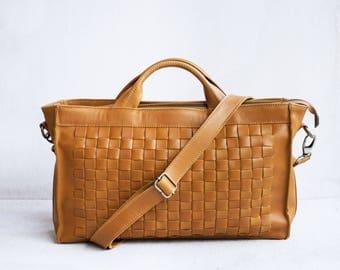 Ebony Crossbody Bag in Camel / Leather satchel /Leather crossbody bag /Leather woven bag /Woven bag /Messenger bag /Brown leather bag
