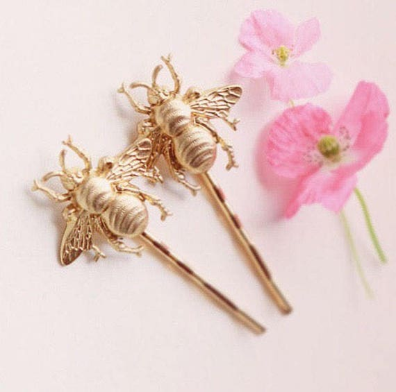 Gold bee clips, Golden bee bobby pins, Hair pin set, Bumble Bee hair pins, Gold metal bees, bobby pins, Unique gift for her