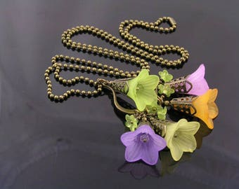 Boho Necklace with Lucite Flowers, Boho Jewelry, Bohemian Jewelry, Lucite Necklace, Lucite Jewelry, Long Necklace, Bronze Jewelry, N2014