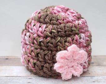 Baby Girl Camo Hat, Newborn Girl Camo Beanie, Infant Flower Hat, Baby Coming Home Hat, Newborn Prop Hat, Infant Girl Cap, Chunky Baby Hat