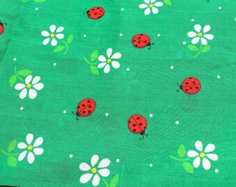 VINTAGE Springs Mills, Inc. Fabric - Green with ladybugs and daisies - 44 x 92