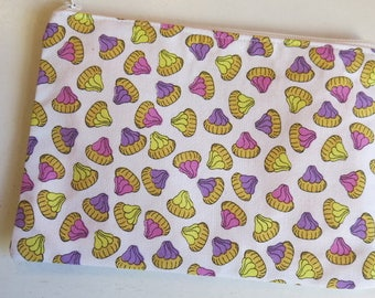 Iced gems pouch - small pouch in biscuit print