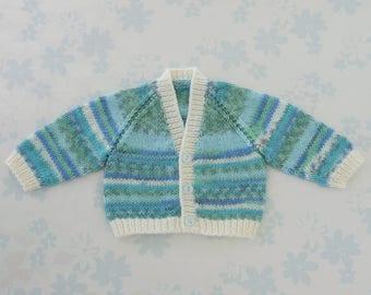 PREEMIE Sweater / Cardigan - 32 to 42 week preemie, kangaroo care, NICU, unisex, machine washable baby yarn in shades of green, blue & ivory