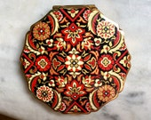 Gorgeous Vintage Compact by Stratton of England