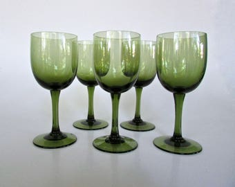 Sasaki Romance Green Mid-Century Red-Wine Glasses, Delicate and Modern, Set of 5