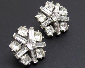 Rhinestone Star Earrings Vintage Trifari Jewelry E8049