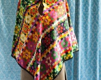Vintage Mod Poncho - Colorful Floral Hippie Flower Power 70s