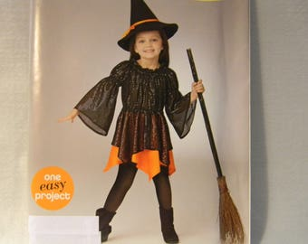 Uncut Simplicity Pattern 0889 Easy Child's Witch Costume