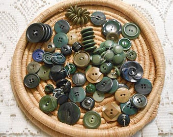 Vintage DARK GREEN BUTTONS Bulk Mixed Lot Olive Moss Forest Shades Multi Designs Prs Sgl Art Sewing Collage, @108 pcs Destash Notions 3
