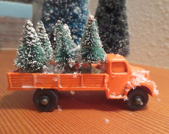 "Vintage Rubber Toy Truck Carrying 6 Sisal Bottle Brush Trees / Orange Truck Loaded Ready for Delivery, 3 3/4"" truck Desk Decor"