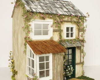 Brummies Hollow Custom Dollhouse