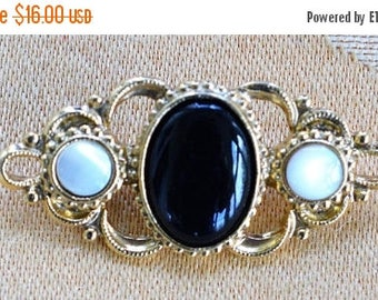 "ON SALE Pretty Vintage Faux Onyx, Faux Mother of Pearl Victorian-style Brooch, PIn, Gold tone, ""1928"" (W5)"