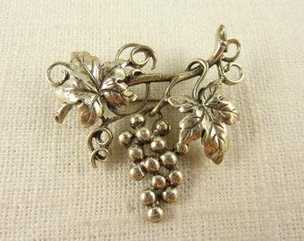 Vintage Danecraft Sterling Grapevine Dangle Brooch