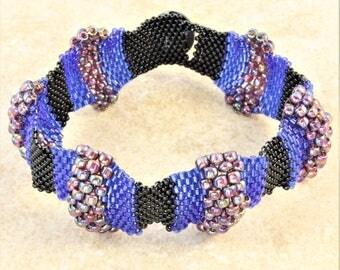 Blue Black Iris Purple Seed Bead Bracelet Peaks and Valleys with Swarovski Rivoli Button Clasp