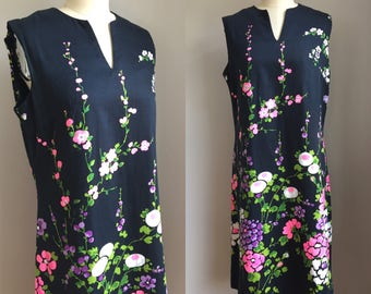 Vintage Mod 1960s Vibrant Floral Sun Shift Dress Size Medium