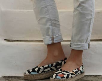 Espadrille Sandals. Slip on Geo Print Espadrilles. Summer Jute and Fabric Shoes. Women's Sandals. Greek Sandals.