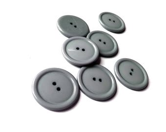 Grey plastic sewing buttons - set of 7 vintage craft buttons 28mm