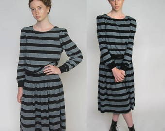 easy classic -- vintage dropped waist striped jersey day dress size S/M
