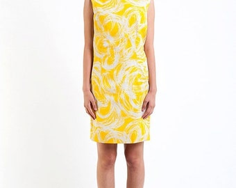 40% OFF The Vintage Canary Yellow Swirl Shift Dress