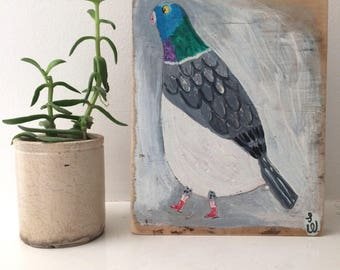 Painting on reclaimed wood of a pigeon