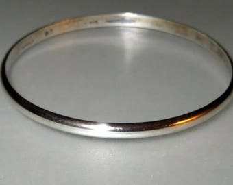 Handwrought Colonial Williamsburg CW Plain Bangle Sterling Silver