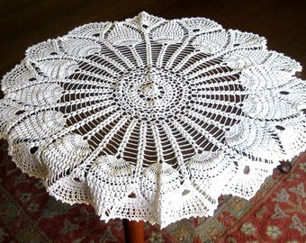 Tablecloth Vintage Crochet Ivory White Crocheted Huge Pineapple Doily Topper