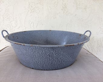 Vintage Gray Enameled Wash Pan with Handles, Rusty Metal Basin, Graniteware Pan