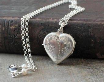 VACATION SALE Silver Heart Locket Necklace, Sterling Silver Locket Pendant, Silver Photo Locket, Silver Picture Locket Freshwater Pearl Lock