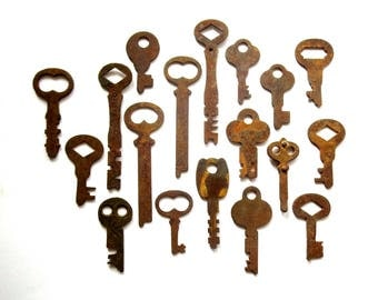 18 Vintage keys Antique small flat keys Old and odd keys Odd and old keys Artist keys Collage keys Mixed media key Craft key Unique key #11C