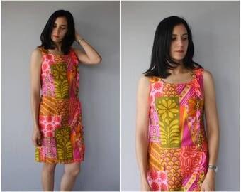 Vintage 1960s Dress | 60s Dress | 1960s Shift Dress | 1960s Hawaiian Dress | Mod Dress - (small/medium)