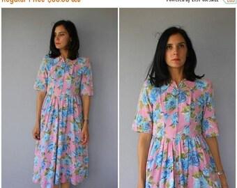 48 HR FLASH SALE Vintage 1940s House Dress   40s Dress   1940s Floral Dress   40s Day Dress   40s Cotton Dress - (small/medium)