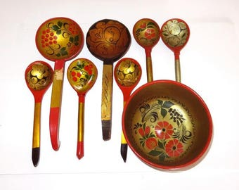 set of RUSSIAN WOODEN folk art,5 spoons,2 ladles,1 bowl,vintage Khokloma hand painted,flowers,swirls,berries, gold,green,black,rust,marigold