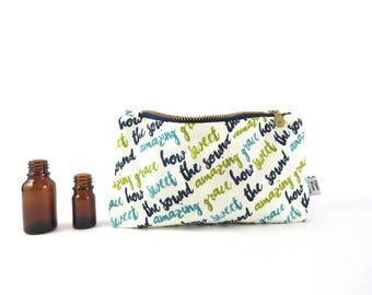 Plaid Essential Oil Bag - Amazing Grace - cosmetic bag zipper pouch essential oil bag oil case