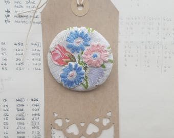 Embroidered brooch OOAK  - flowers jewellery - floral brooch  - tactile - vintage embroidery and paper jewelry - friendship token - eco gift