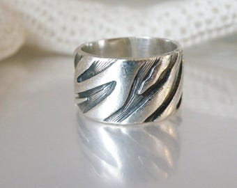 Vintage Sterling Silver 925 Animal Zebra Tiger Print Handmade Wide Band Ring Size 7