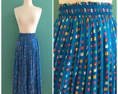 vintage 80's blue print skirt // spring pleated midi skirt