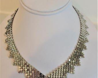 ON SALE Beautiful Vintage Silvertone Mesh Necklace