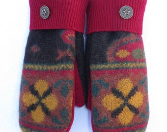 Felted Wool Sweater Mittens // Recycled Wool Sweaters // Fleece Lined // Charcoal with Red and Rust Orange Design
