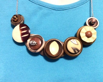 Lightening Strikes button necklace