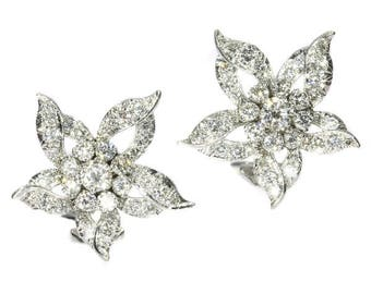 Flower white gold clip on earrings brilliant cut diamonds 3.50ct vintage clips earrings 1960s jewelry