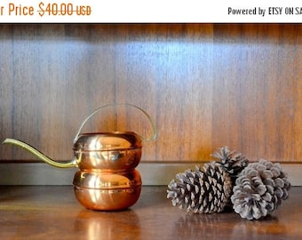 CIJ SALE 25% OFF vintage coppercraft guild planter and watering can / midcentury copper planter / rustic home decor