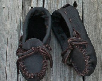 ON SALE Children's moccasins , Ready to ship , Handmade toddler moccasins , Children's shoes , Brown moccasins , Leather shoes , Soft sole s