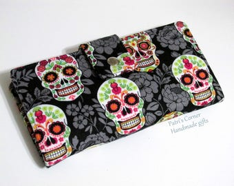 Handmade wallet women clutch - Happy skulls with grey floral - Day of dead - ID clear pocket - ready to ship - gifts for her - vegan purse