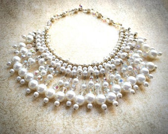 Dangle Pearl Necklace, Vintage Bridal Necklace offered by https://www.etsy.com/shop/JNPVintageJewelry