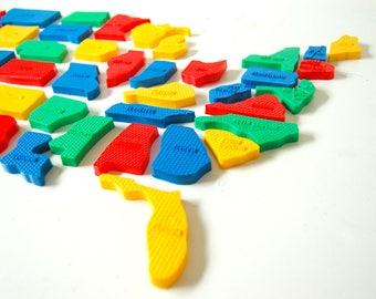 Florida Magnet - Vintage State Magnet - State Souvenir - Plastic Magnet - Florida State Gift - United States Magnet Gift - Teacher Gift