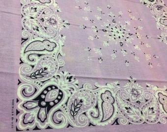 1970's pastel purple lavender violet Color Fast bandana 20x20 worn soft all cotton made in USA Tulips Paisley Flowers hemmed Selvedge #79