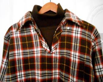 Vintage Men's Wool Blend Plaid Shirt with faux Turtleneck Size X / XL