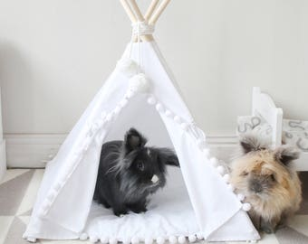 Rabbit teepee with a matching pompom pad, rabbit bed, small pet teepee, pet bed, pet tipi, teepee, tepee