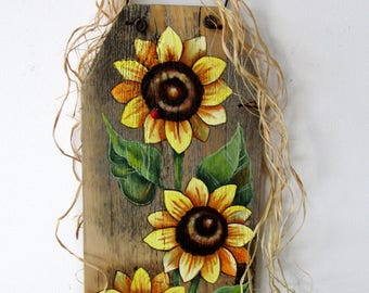 Sunflowers Yellow and Red Lady Bugs, Hand or Tole Painted on Reclaimed Barn Wood, Summer Time Flowers, Yellow Sunflowers and Red Lady Bugs